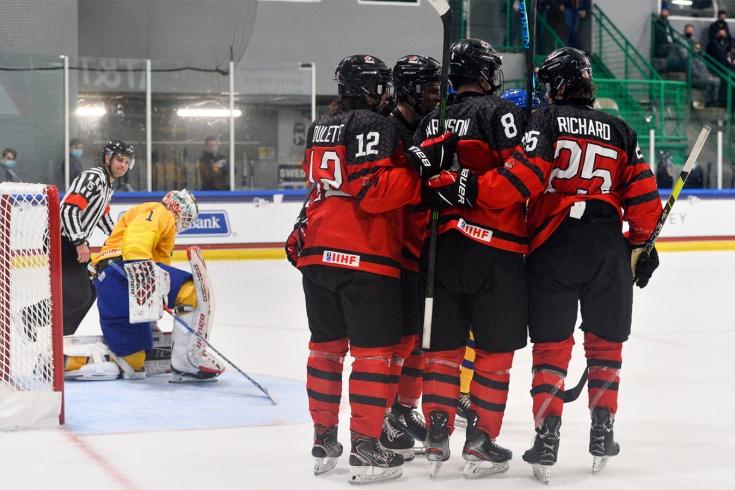 Швеция – Канада – 1:12, действующие чемпионы ЮЧМ потерпели самое сокрушительное поражение в истории
