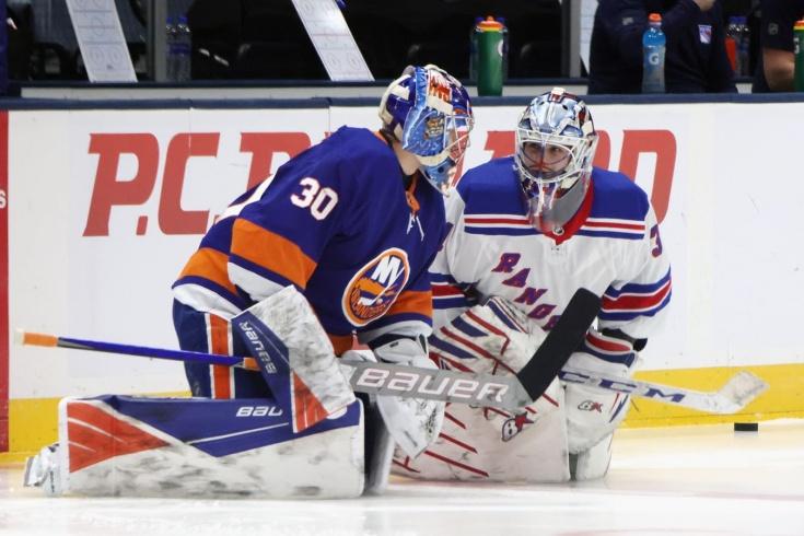 «Айлендерс» — «Рейнджерс» — 3:2 ОТ, видео, обзор матча, первая дуэль Сорокина и Шестёркина в НХЛ