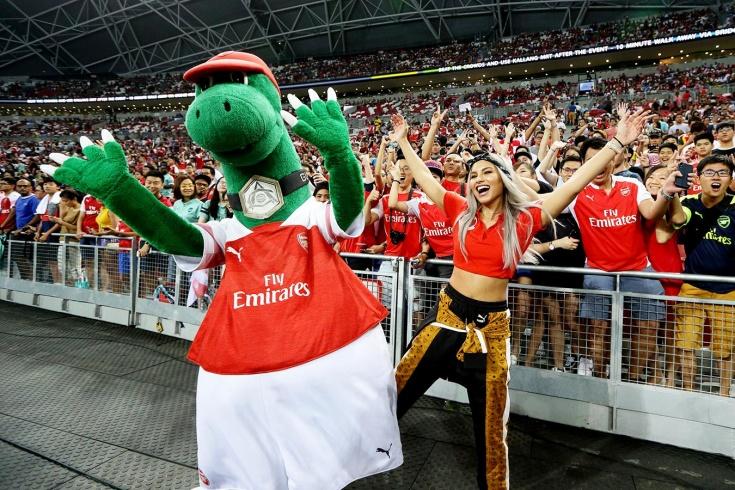 «Арсенал» уволил маскота, работавшего в клубе 27 лет! Теперь его зовут на «Газпром Арену»