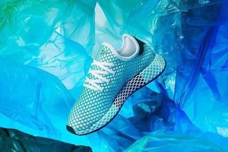 Кроссовки Adidas из переработанного пластика