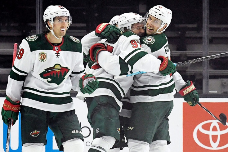 Кирилл Капризов набрал три очка в дебютном матче в НХЛ и установил рекорд «Миннесоты»