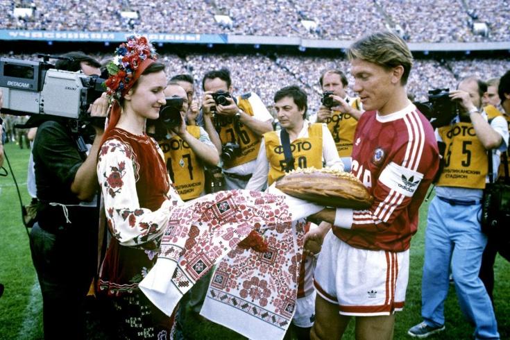 Где сейчас бывший игрок сборной СССР Олег Блохин