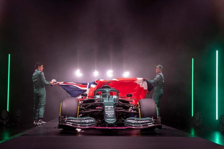 Презентации в Формуле-1 превратились в тлен и уныние. После 2022-го их можно отменять
