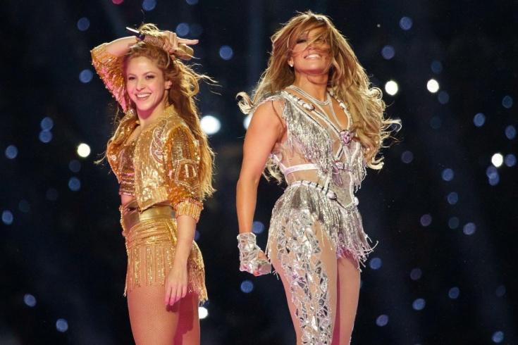 Выступление Шакиры и Джей Ло на Супербоуле-2020