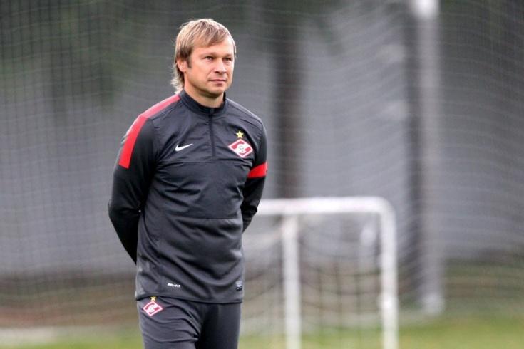 В «Спартаке» творится хаос. Зачем клуб возвращал Попова?
