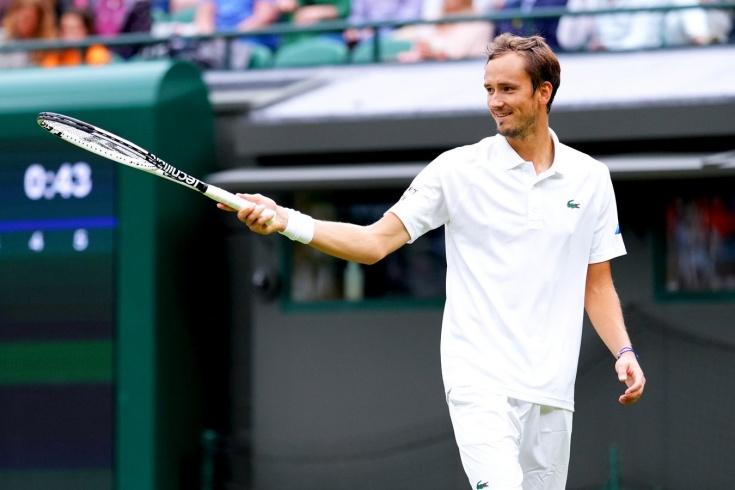 Медведев отомстил на Уимблдоне немецкому теннисисту за поражение двухнедельной давности