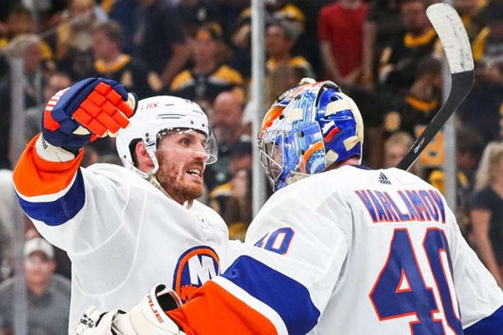 Варламов сделал 40 сейвов в матче плей-офф НХЛ