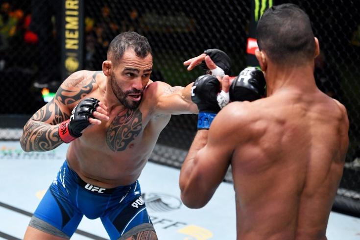 Понциниббио в ярчайшем бою победил Мигеля Баезу на UFC Вегас 28, видео