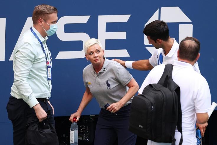 Какая драма! Джокович на US Open-2020 отбросил мяч в сторону судьи и был дисквалифицирован