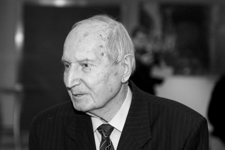 Умер Виктор Шувалов