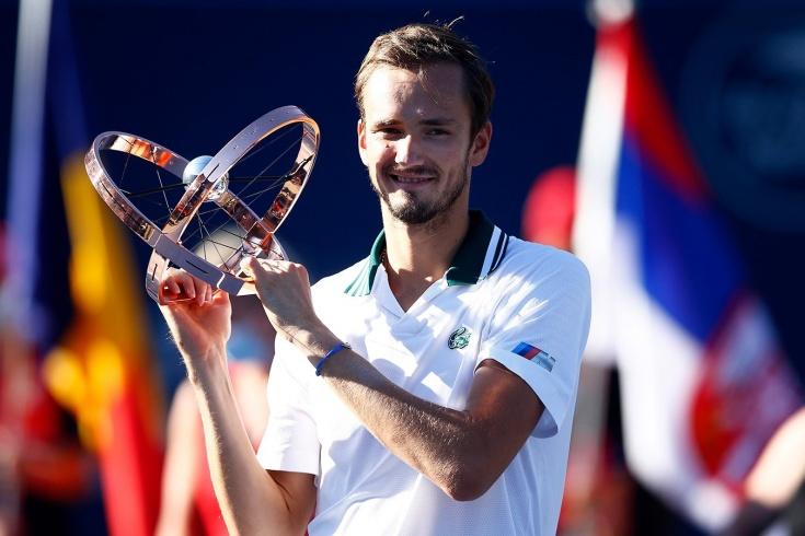 Четвёртый «Мастерс» Медведева! Даниил в Торонто разобрался с самым высоким теннисистом