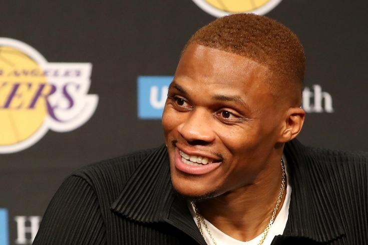 «Лос-Анджелес Лейкерс» собрали команду из постаревших звёзд НБА — какой будет результат?
