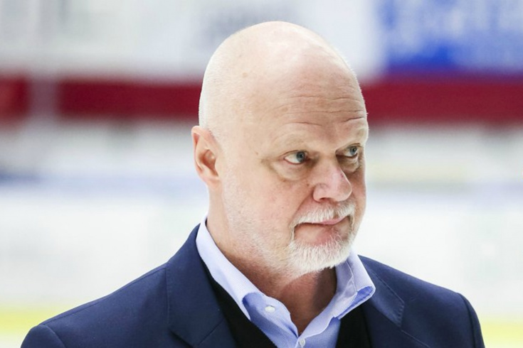 Шведский тренер после 7 поражений надел на матч ко