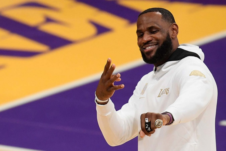 Стартовал сезон НБА: «Лейкерс» уступили «Клипперс», «Бруклин» разгромил «Голден Стэйт»