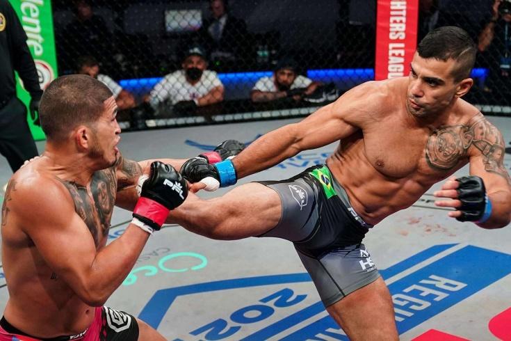Миллиона Петтису не видать. Экс-чемпион UFC бесславно вылетел из турнира PFL