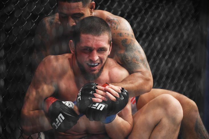 Зелим Имадаев ткнул в лицо Мичеля Перейру перед боем на UFC Fight Night 176