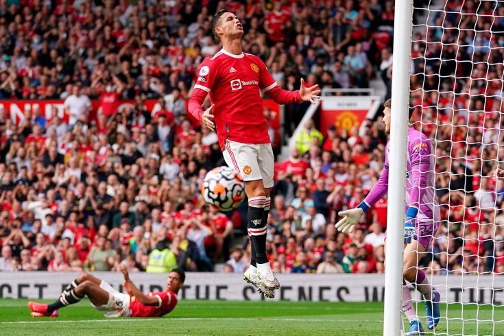Роналду сделал дубль в первом же матче за «МЮ», но в Англии этого не увидели. Как так?