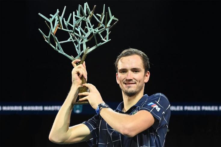 Финал «Мастерса» в Париже: Медведев выиграл у Зверева и стал 4-й ракеткой мира, видео