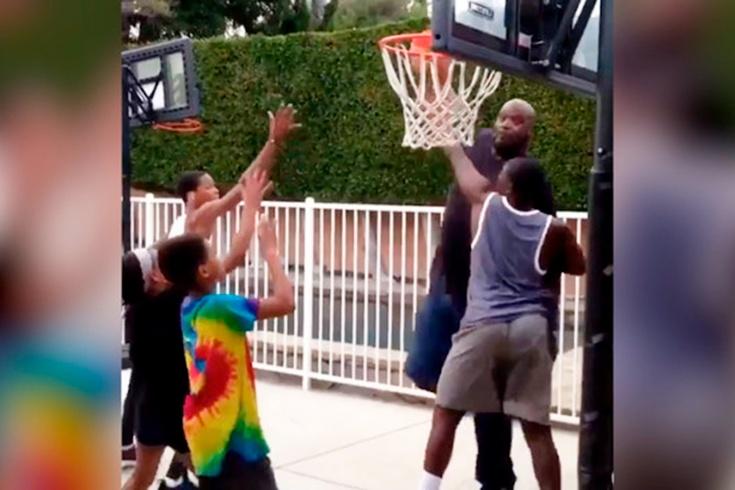 Легенда НБА Шакил О'Нил на площадке не церемонится даже с собственными детьми