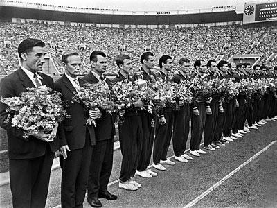 Сборная СССР — чемпион Европы 1960 года