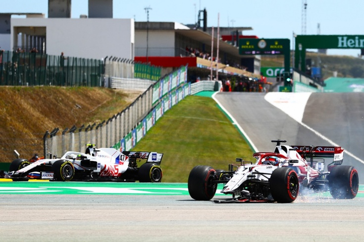 Первый успех Мика Шумахера и нелепая авария опытного Кими. Оценки за Гран-при Португалии