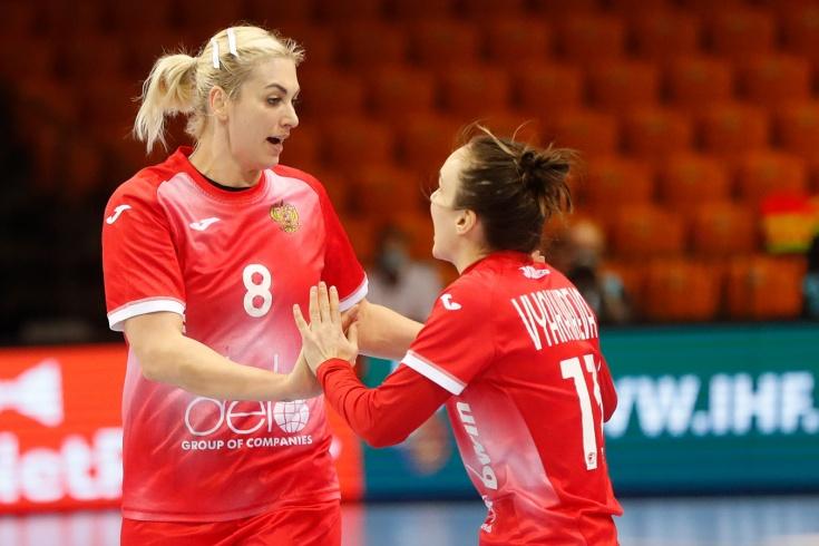 Женская сборная России по гандболу победила Сербию