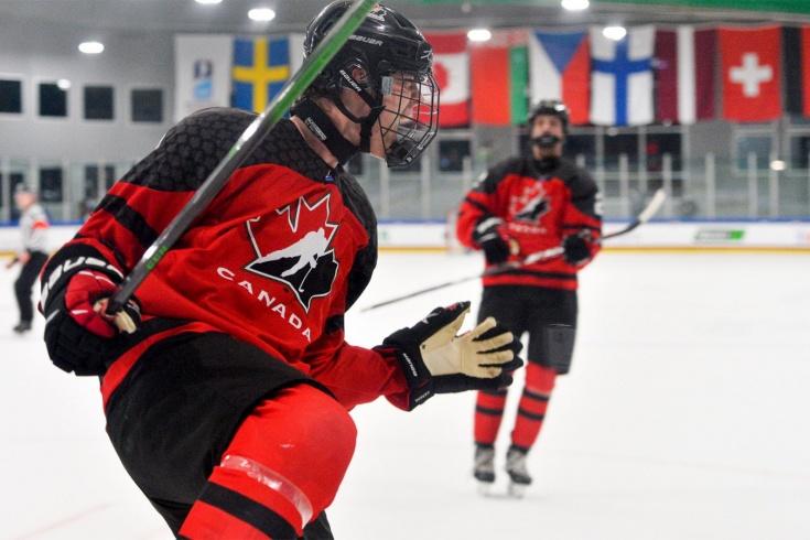 Канада – Чехия – 10:3, видео, голы, обзор матча четвертьфинала ЮЧМ-2021
