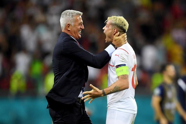 Тренером Швейцарии заинтересовались в России. Сегодня Петкович познакомится с Петербургом