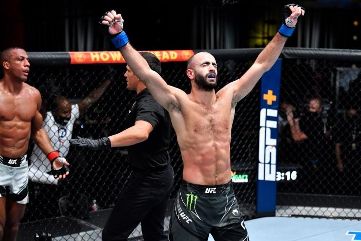 Гига Чикадзе нокаутировал Эдсона Барбозу на турнире UFC Вегас 35, видео