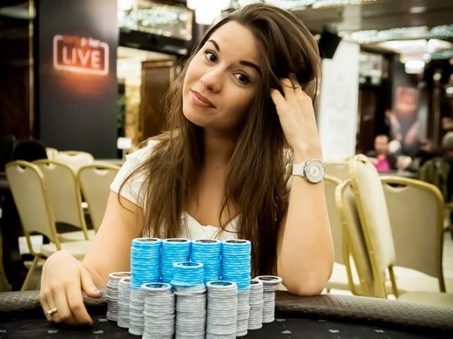 Смотреть онлайн покер в сочи видео как играть в майнкрафт карта