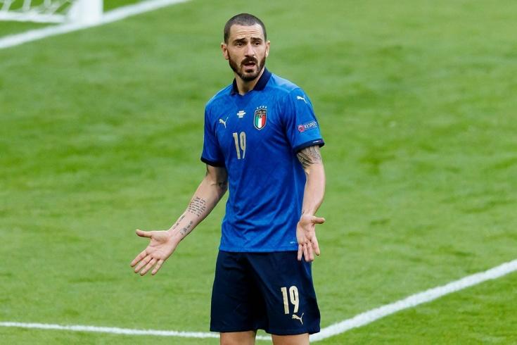 «Это знак? Италию не пустят к чемпионству». Девушка-стюард приняла Бонуччи за фаната