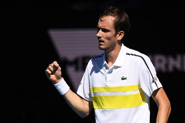 Медведев победил Рублёва