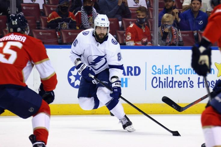 «Флорида» — «Тампа» — 4:5, видео, голы, обзор матча плей-офф НХЛ, первая игра Кучерова после возвращения