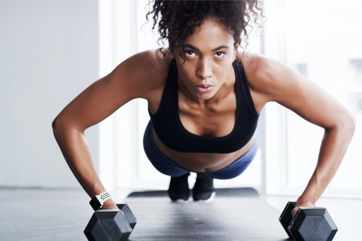 Как накачать грудь дома? Упражнения для женщин, советы фитнес-тренера