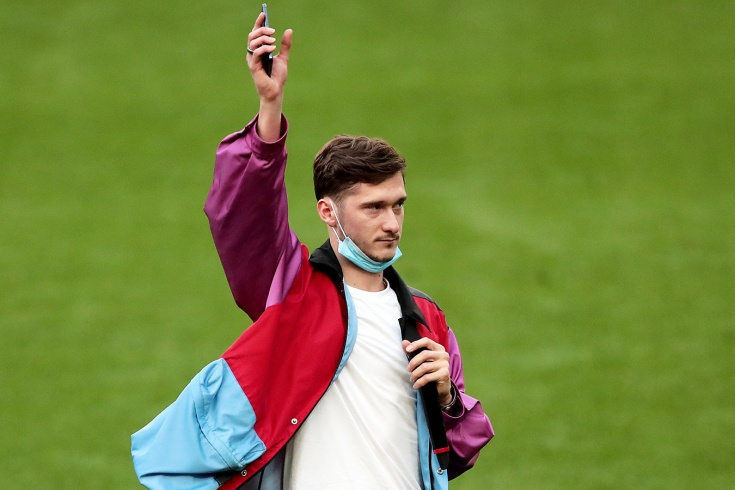 «Настало время идти за мечтой». Миранчук попрощался с болельщиками после матча с «Зенитом»