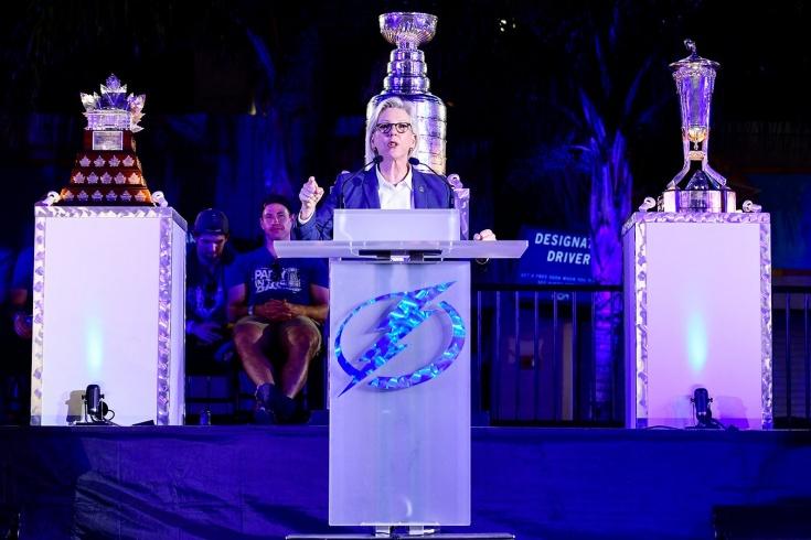 Мэр Тампы хочет, чтобы её команда проиграла в четвёртом матче финала Кубка Стэнли