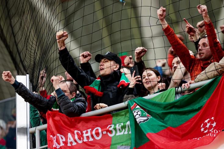 Фанатов «Локо» увозили с «Газпром Арены» под конвоем. Странное гостеприимство