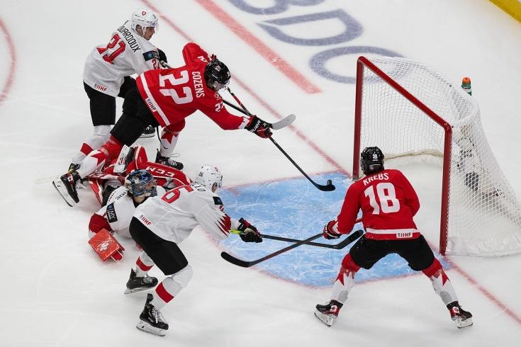 Уже вторая разгромная победа Канады на МЧМ! Теперь отгрузили 10 шайб бедным швейцарцам