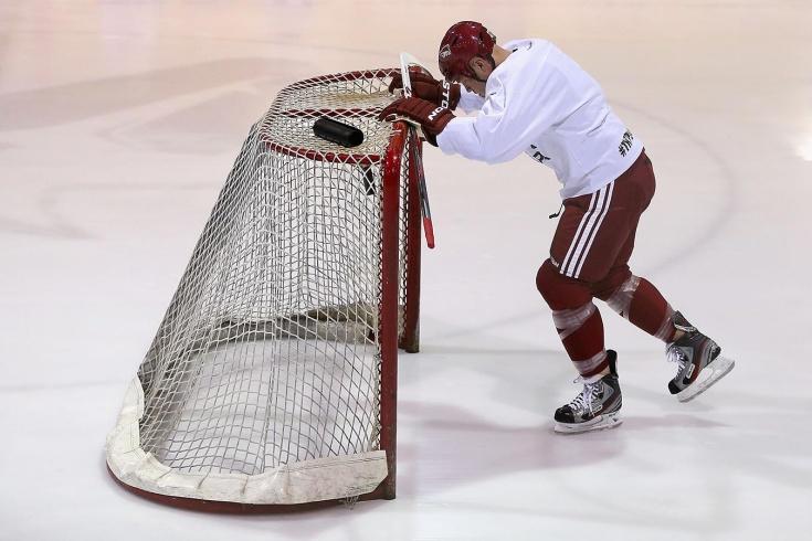 НХЛ плевала на вирус и вводит цензуру