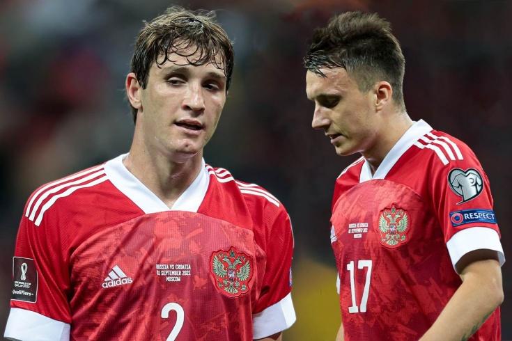У сборной России проблемы. Карпин потерял семь футболистов за неделю