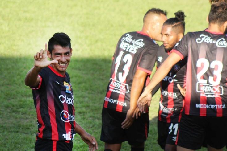 «Вальтер Ферретти» — «Халапа», 23 апреля, прогноз на матч чемпионата Никарагуа