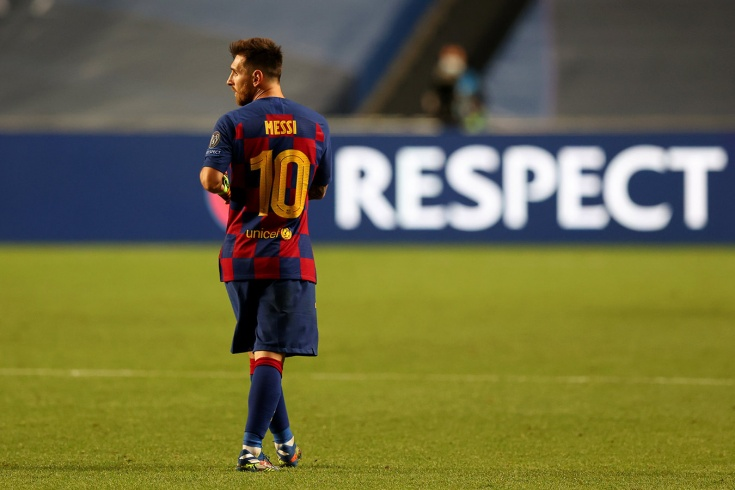 «И это лучший футболист в истории?!» В соцсетях издеваются над Месси и «Барселоной»