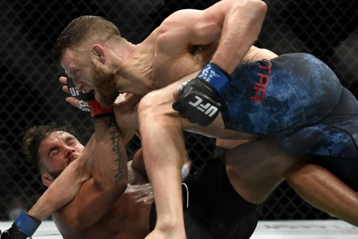 UFC 249, Келвин Каттар — Джереми Стивенс, результат боя, травма, видео, фото