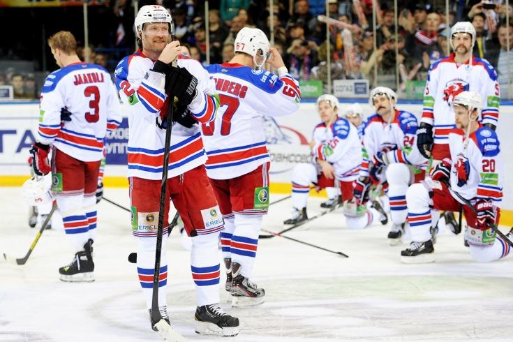 Дошли до финала — и стремительно исчезли. Как КХЛ потеряла пражский «Лев»