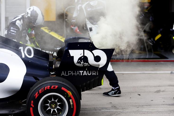 Заморозка моторов Формулы-1: зачем это «Ред Булл»