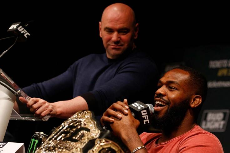 Джон Джонс поссорился с Даной Уайтом и заявил об уходе из UFC