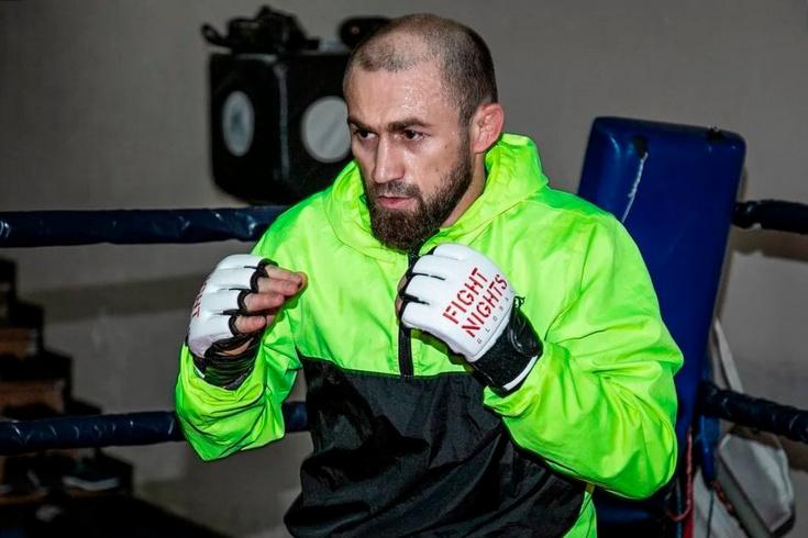 Бой MMA между россиянином и казахстанцем в Сочи за