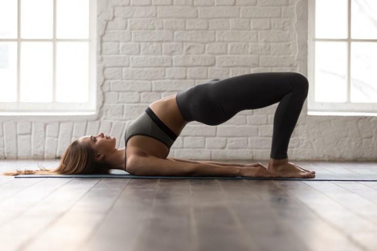 Что будет, если делать плечевой мост каждый день? Польза от упражнения и советы тренера