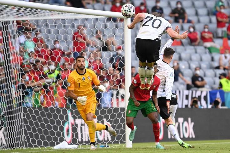 Германия уничтожила Португалию одним приёмом. Для матча топ-уровня это уникально