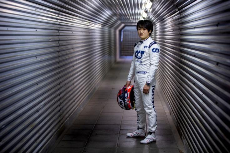 Квята официально убрали из Формулы-1 ради японца. На 2021-й осталось всего два места